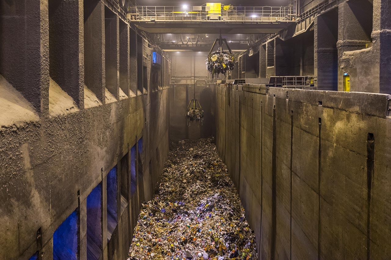 Photo of refuse bunker in incineration plant